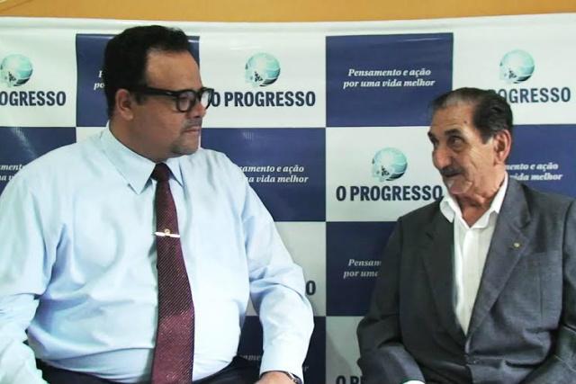 Após solenidade de aniversário do DOF, coronel Adib Massad concedeu entrevista na redação de O Progresso na quarta-feira passada. - Crédito: Foto: Marcos Ribeiro
