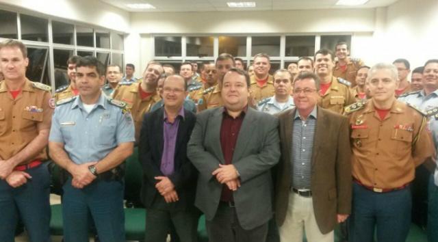 Aula Magna da pós em Segurança Pública da UEMS reúne autoridades. - Crédito: Foto: Divulgação