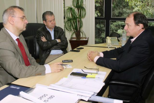 Secretário de Estado de Infraestrutura, Marcelo Miglioli,  anunciou ontem investimentos em obras. - Crédito: Foto: Moisés Silva