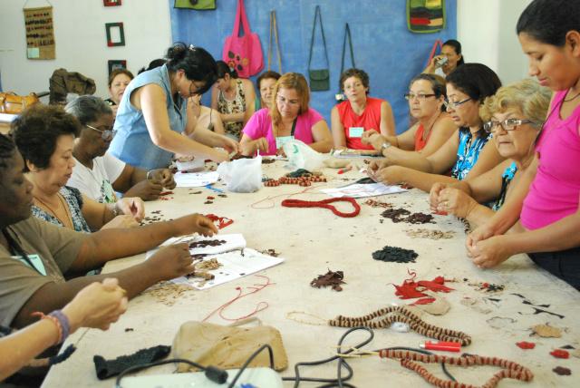 Com características marcantes da região, o artesanato pantaneiro evidencia temas com forte influência indígena, demonstra crenças, hábitos e tradições das comunidades  pantaneiras. - Crédito: Foto: Acervo/WWF