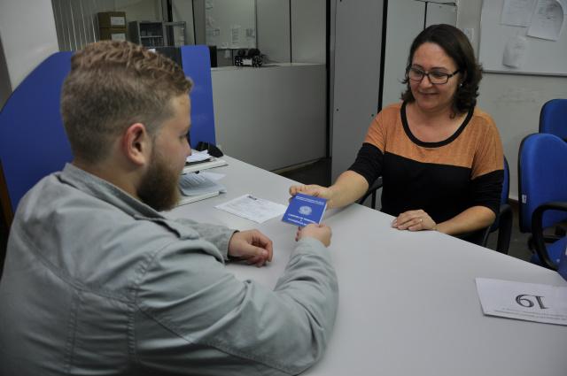 Gerência Regional do Ministério do Trabalho de Dourados volta emitir documento a partir de hoje. - Crédito: Foto: Hedio Fazan