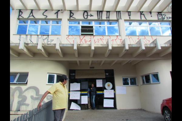 Um grupo composto por cerca de 60 índios ocupou, na manhã desta terça-feira, o prédio da Fundação Nacional do Índio - Crédito: Funai