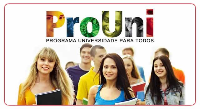 O programa seleciona estudantes para receber bolsas de estudo em instituições particulares de ensino superior com base na nota do Exame Nacional do Ensino Médio - Crédito: Foto: Divulgação
