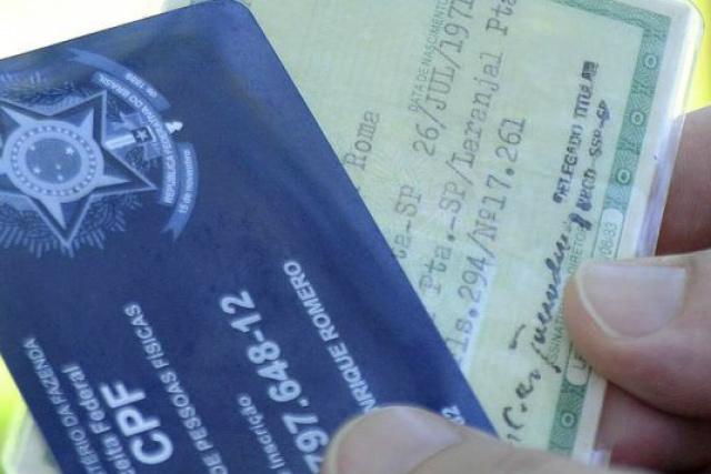 Dados pessoais são usados por criminosos para firmar negócios sob falsidade ideológica. - Crédito: Foto: Reprodução