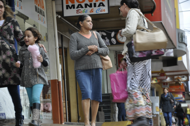 Comércio está apostando num aumento das vendas. - Crédito: Foto: Hedio Fazan