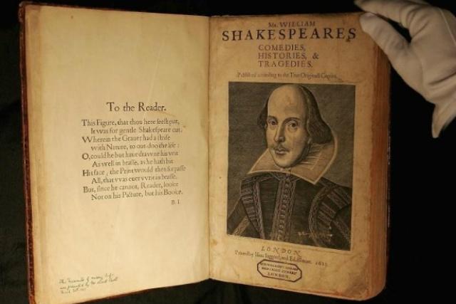 """Exemplar deste """"First Folio"""" de Shakespeare, como é conhecida essa antologia, foi vendido por 1,8 milhão de libras. - Crédito: Foto: Divulgação"""