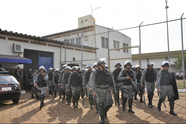 Com 2.450 presos, número de detentos de alta periculosidade extrapola lotação. Secretário quer intervenção da União -
