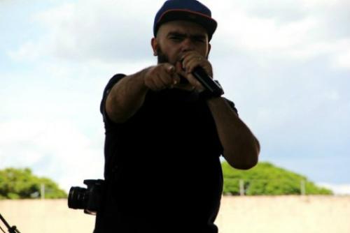 Além de atuar como rapper Higor é professor, mestre em geografia pela UFGD – Divulgação  -
