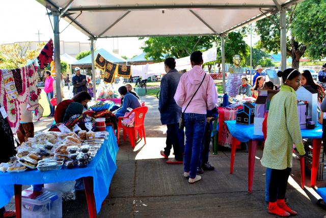Evento teve objetivo de divulgar e comercializar os produtos artesanais produzidos pelas famílias do Vale Renda. - Crédito: Foto: Divulgação