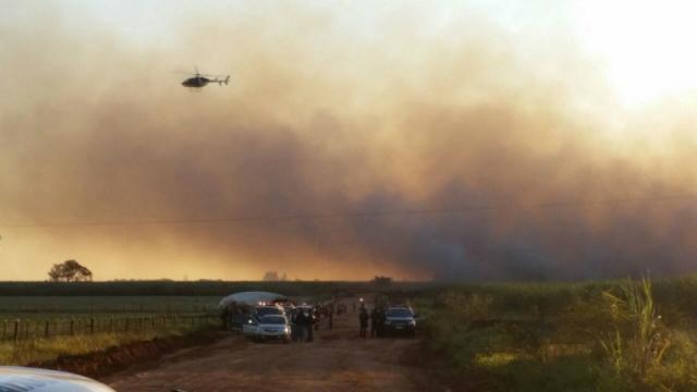 Helicóptero do Bope fez a visualização aérea da região. Foto: Sidney Lemos - Bronka -