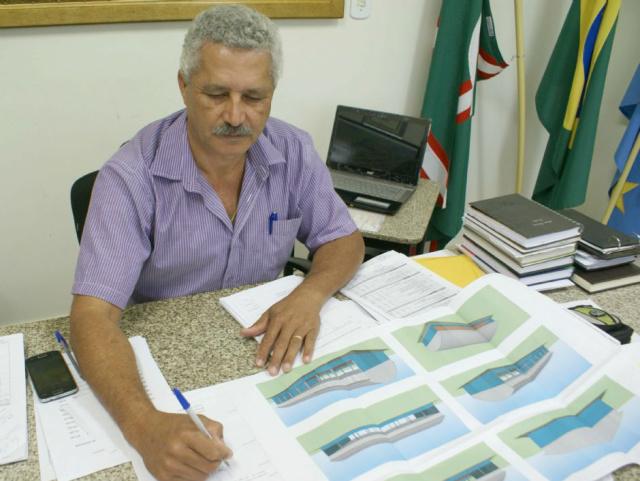 Prefeito Mário Valério. - Crédito: Foto: Caarapó News