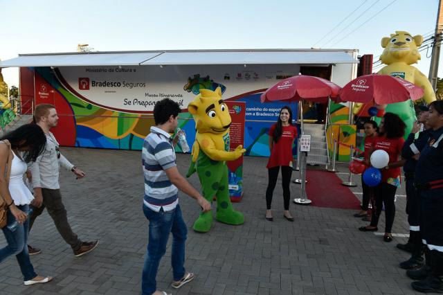 Público prestigia exposição itinerante sobre a história das Olimpíadas  em diversas cidades do País. - Crédito: Foto: Casa da foto