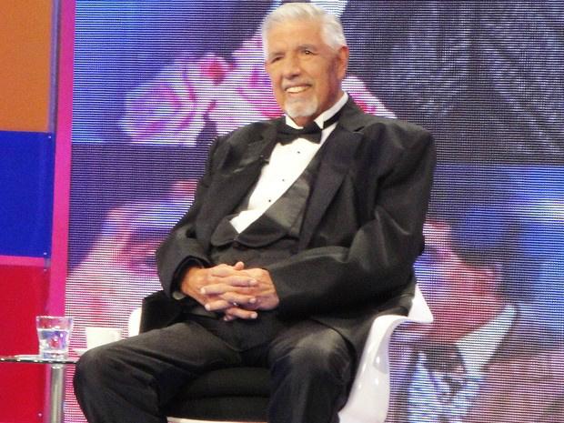 Rubén Aguirre em homenagem recebida em programa de televisão - Crédito: Foto: Divulgação/Facebook Oficial