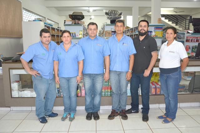 Equipe MF Trator: Miura, Meire, Cleber, Edson, Rodrigo e Edna. - Crédito: Foto: Marcos Ribeiro