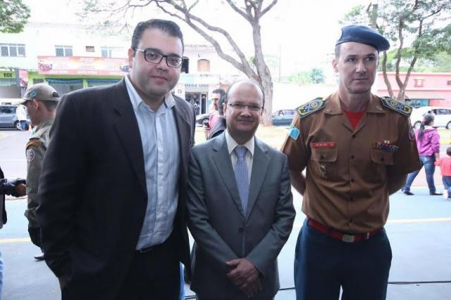 Vereador Alan Guedes, secretário Barbosinha e cel. Esli Ricardo. - Crédito: Foto: Thiago Morais