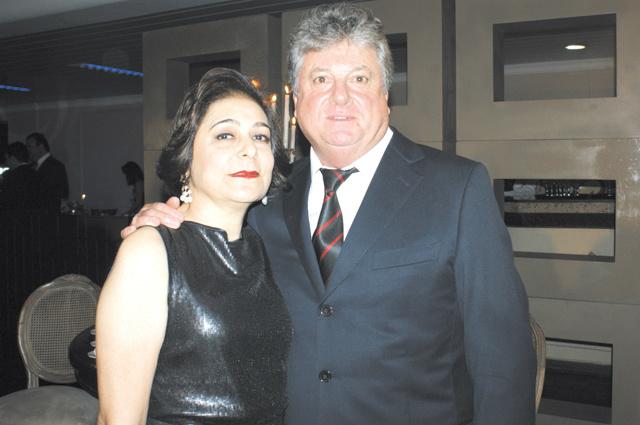 Destaque ao casal Surya e Jorge Zenati, proprietários dos postos de gasolina Taurus -