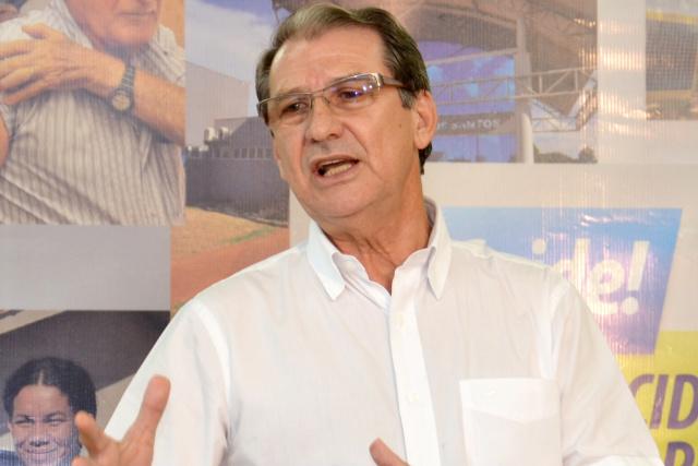 Secretário municipal de saúde Sebastião Nogueira, avisa que gestão plena está inviável. - Crédito: Foto: Marcos Ribeiro