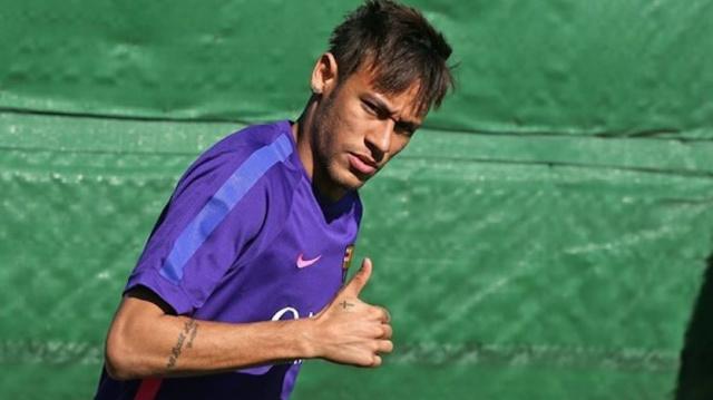 Jornal lista 5 atacantes que poderiam substituir Neymar -