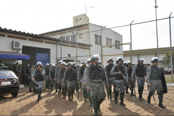 Com 2.450 presos, número de detentos de alta periculosidade extrapola lotação -