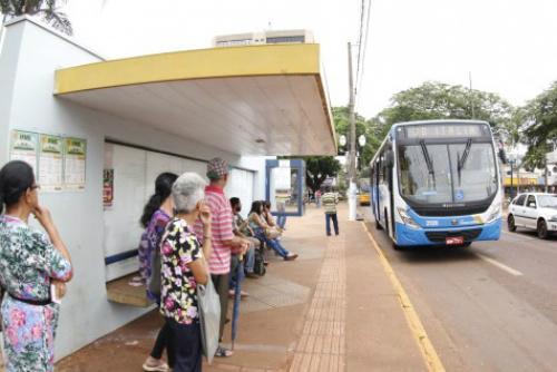 Usuários devem ficar atentos aos horários dos ônibus do transporte coletivo – Assecom  -