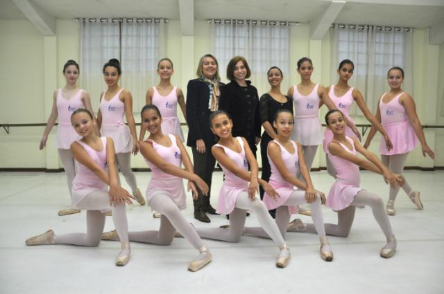 """Bailarinas do Nace, que fazem aulas na Cia Blanche Torres, fazem parte de um dos grupos escolhidos para participar da """"Mostra Cultural/Press Trip/Dourados-MS"""", uma das ações da Tocha. - Crédito: Foto: Hedio Fazan/Arquivo"""