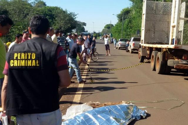 Imagem da cena do acidente na avenida 9 de Julho, em Fátima. - Crédito: Foto: Siliga News