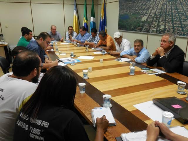 Vereadores reconhecem a legitimidade das reivindicações feitas pelo movimento grevista -