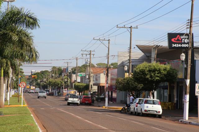 Dourados é maior polo regional de comércio e serviços do MS. - Crédito: Foto: A. Frota/Assecom