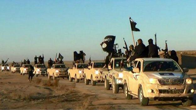 Estado Islâmico perde base aérea no Nordeste da Síria -