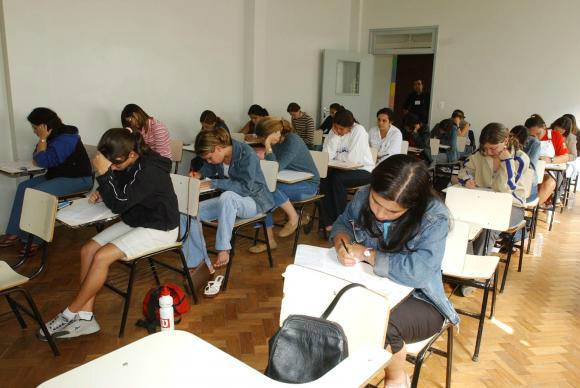 Os estudantes pré-selecionados têm prazo de 1º a 7 de julho para concluir a inscrição no Sistema Informatizado do FiesArquivo/Agência Brasil  -