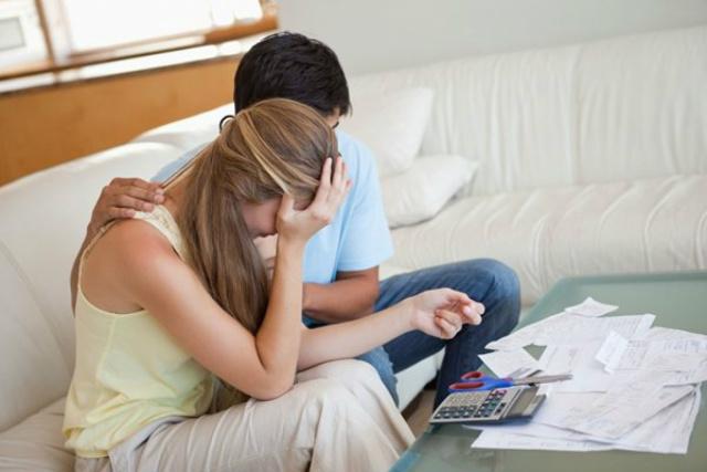 Percentual de famílias endividadas cai para 58,1% -