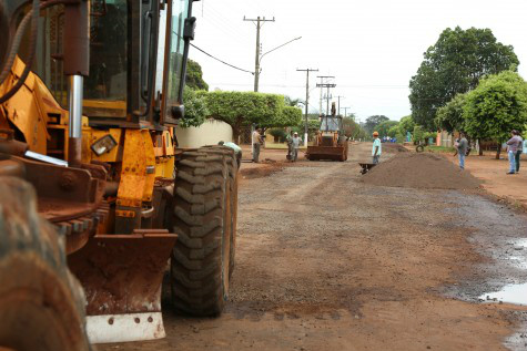 Prefeitura conclui a recuperação dos pontos mais críticos das ruas dos dois bairros – A. Frota  -