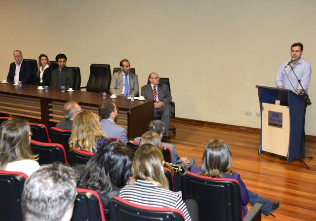 Prefeito de Ponta Porã Ludimar Novais durante cerimônia de doação do terreno para construção do novo Fórum na cidade. - Crédito: Foto: Lucho Rocha