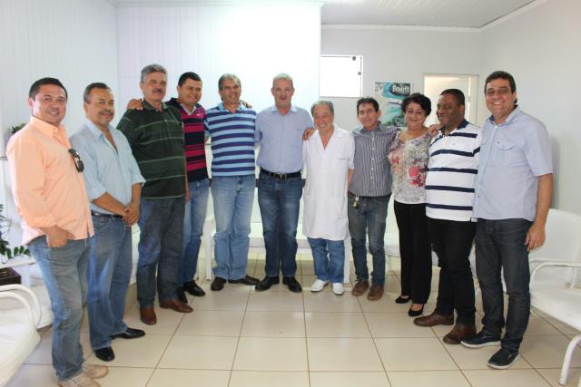 Correligionários do PDT declararam apoio a Geraldo Resende no sábado. - Crédito: Foto: Ricardo Minella
