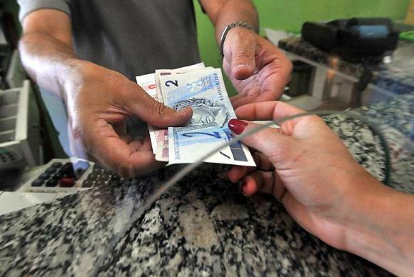 Contribuintes desembolsaram R$ 1 trilhão para pagar impostos, taxas e contribuições de janeiro até hojeMarcello Casal Jr./Agência Brasil  -