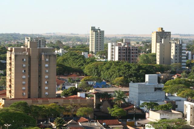 Dourados é 23ª no ranking das cidades prejudicadas pela redução do índice de recebimento do ICMS. - Crédito: Foto: Hedio Fazan