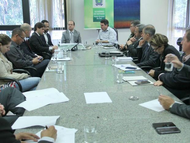 Representantes do governo de MS e federal se reuniram nesta terça-feira - Crédito: Foto: Chico Ribeiro/Segov
