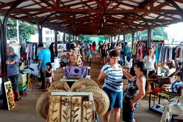 A realização da Feira de Artesanato , além de reunir artista  de Campo Grande, conta com o  Coletivo de Brechós. - Crédito: Foto: Divulgação