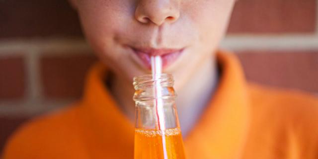 Refrigerante é sexto alimento mais consumido por adolescentes -