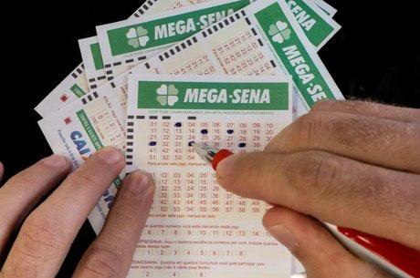 Mega-Sena acumula prêmio de R$ 18 milhões -