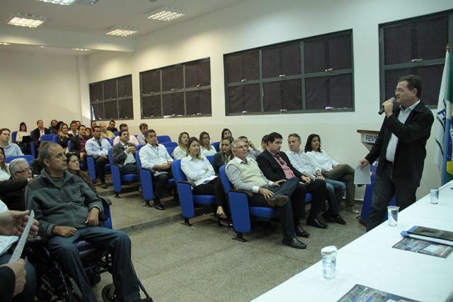 Com essa parceria, 634 profissionais serão qualificados nos cursos gratuitos oferecidos nas cidades. - Crédito: Foto: Divulgação
