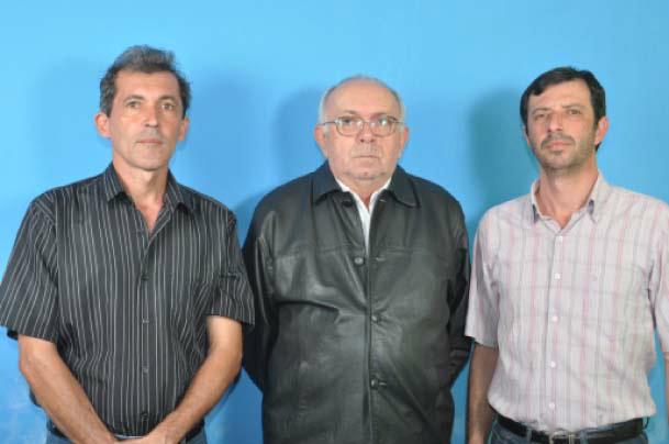 Os líderes partidários Everaldo Negrini, Armando Ferreira e Robson Hevercio se unem em defesa de candidatura própria a prefeito Foto: Rubson Ferreira -