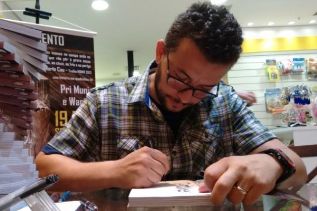 A  ideia de Wanick Correa é formar um público produtor e consumidor de conteúdo e incentivar a leitura e o desenho. - Crédito: Foto: Divulgação