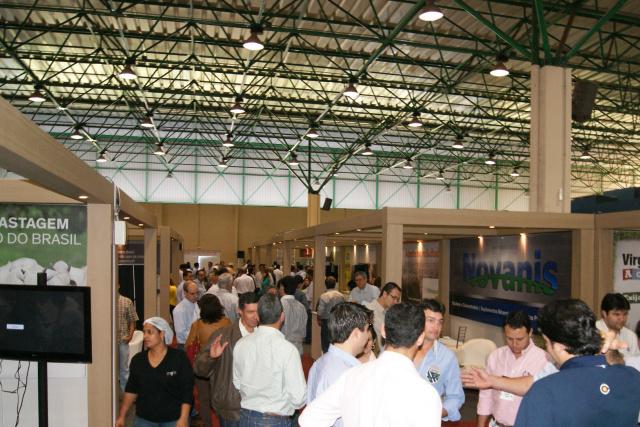 Centro de Convenções Albano Franco, que sedia a etapa local do Intercorte, nesta quarta e quinta. - Crédito: Foto: Elvio Lopes