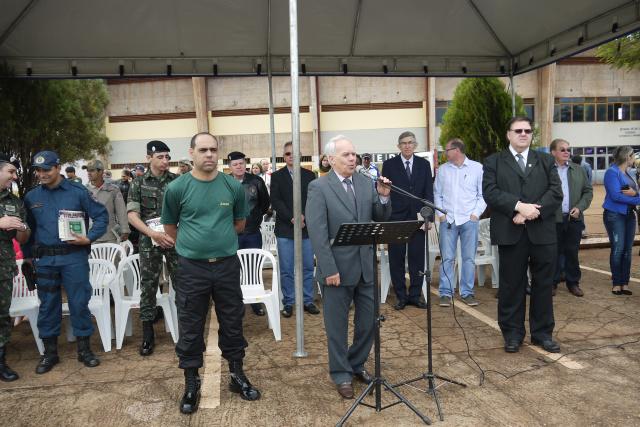 Odilon falou à turma de formandos em nome do prefeito Murilo que foi paraninfo da turma. - Crédito: Foto: Max Rocha