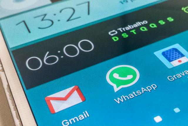 As empresas já receberam a intimação judicial determinando o bloqueio do aplicativo WhatsApp. - Crédito: Foto: Marcello Casal Jr./Agência Brasil