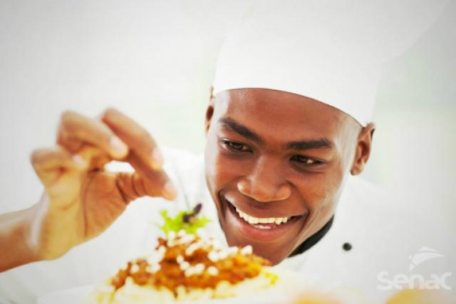 Senac Dourados está com inscrições abertas para cursos de gastronomia e saúde -