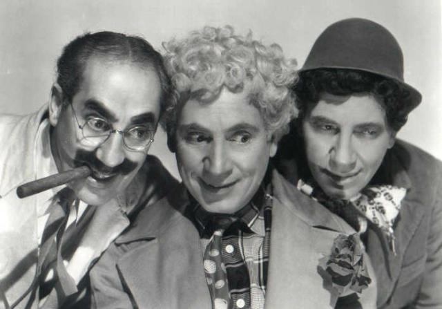 Cineclube UFGD exibe comédia dos Irmãos Marx amanhã -