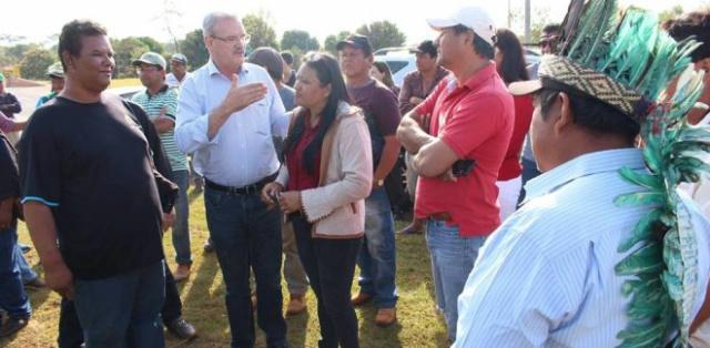 Deputado Geraldo Resende esteve com lideranças indígenas na manhã desta segunda-feira. - Crédito: Foto: Eliel Oliveira/Reprodução