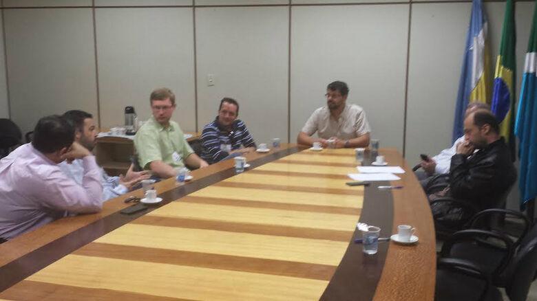 Vereador prepara projeto que ajude a resolver problemas na área da construção civil -